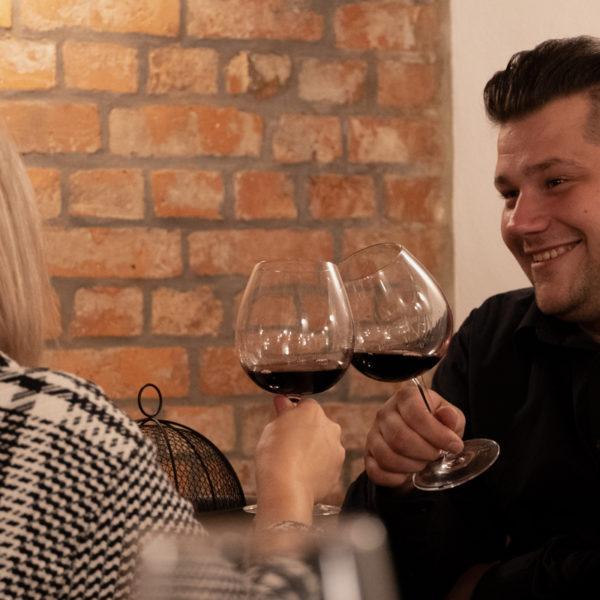 Weinverkostung zu Hause